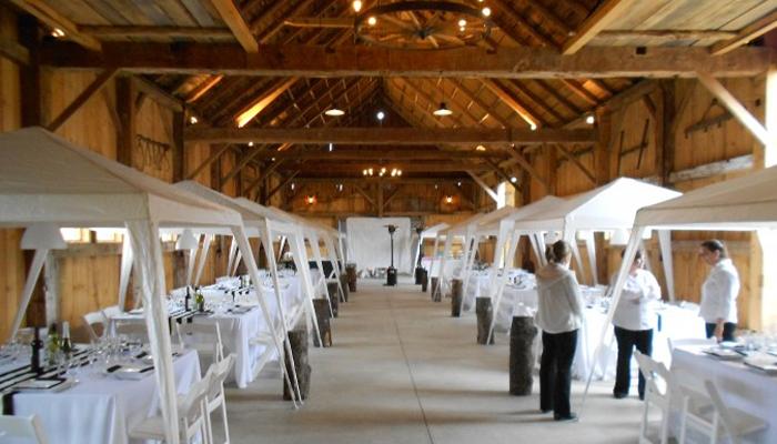 Weddings at Isham Family Farm